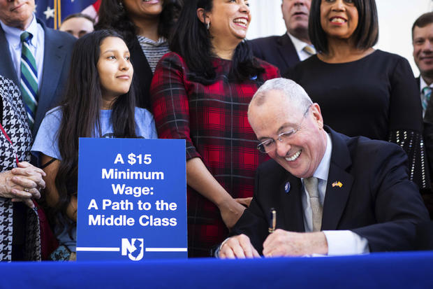 New Jersey Passes $15 Minimum Wage